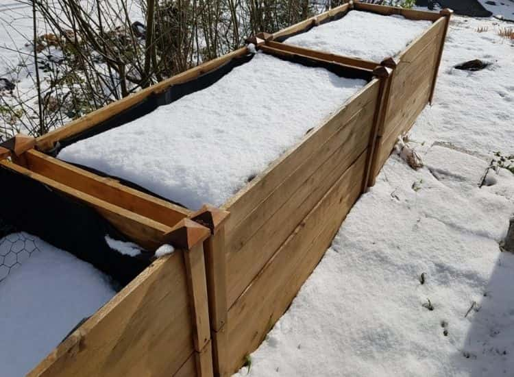 Rain and snow can quickly deprive the earth of nutrients in the high bed